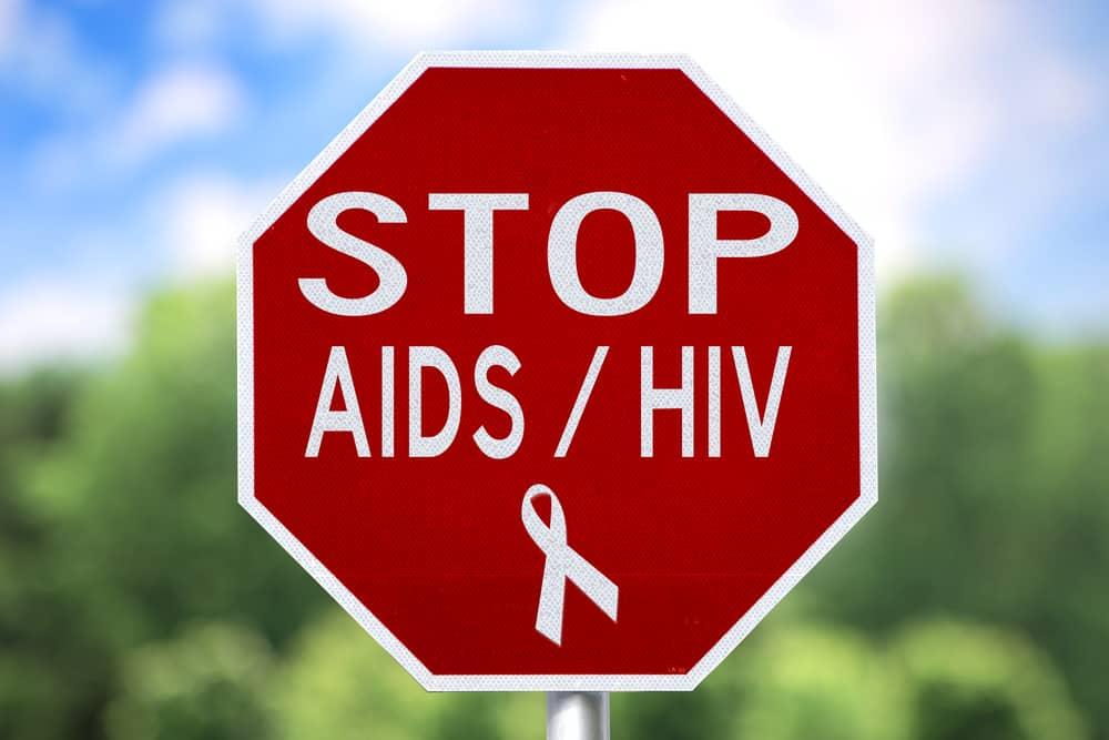 Những Triệu Chứng Cơ Bản Của HIV Mà Bạn Cần Biết