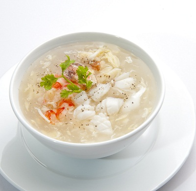 Công thức đơn giản nấu món súp măng cua gà