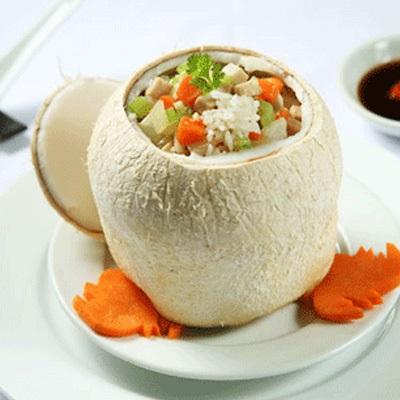 Đổi khẩu vị bữa ăn với món cơm trái dừa