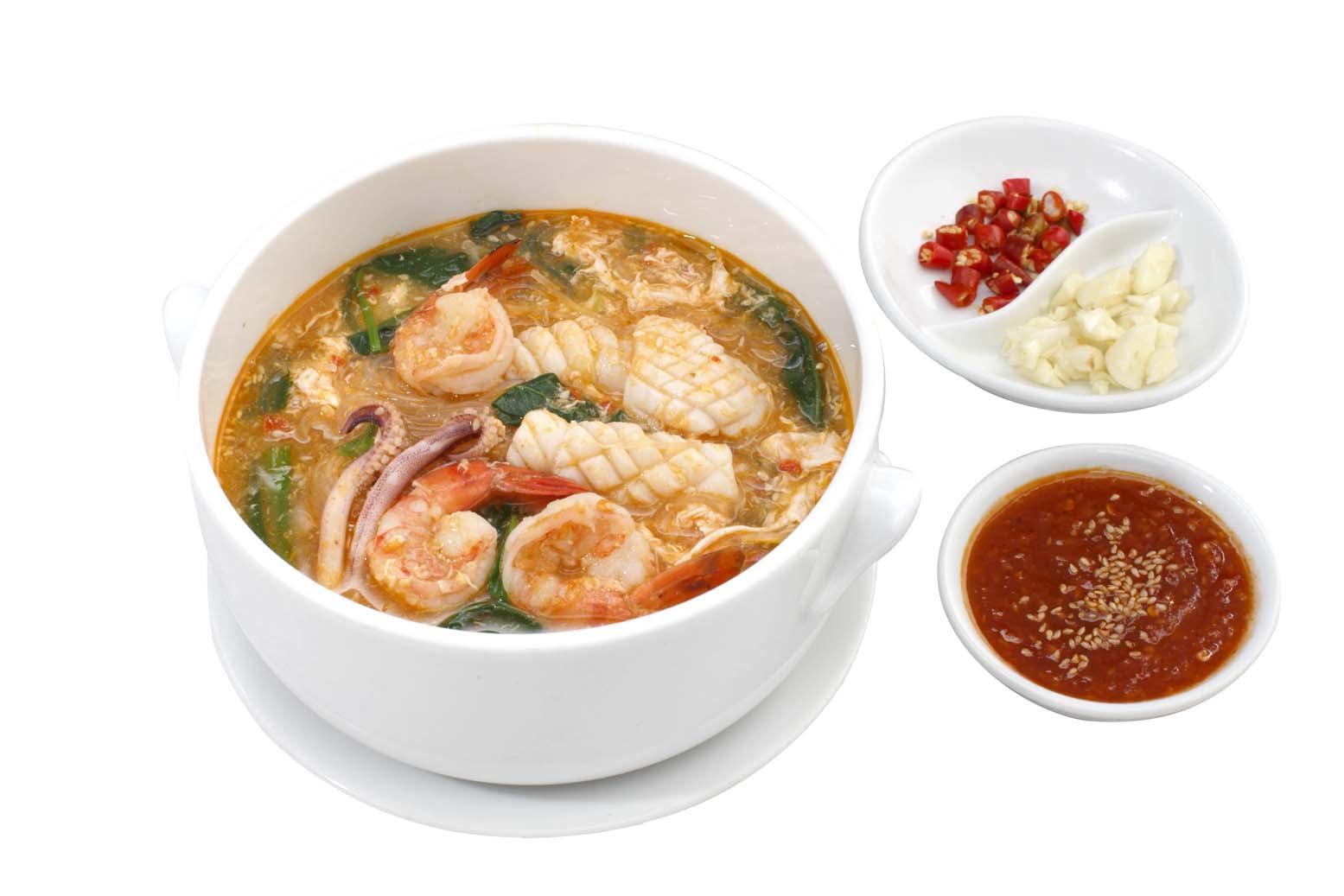 Vào bếp với món súp hải sản bổ dưỡng cho cả nhà