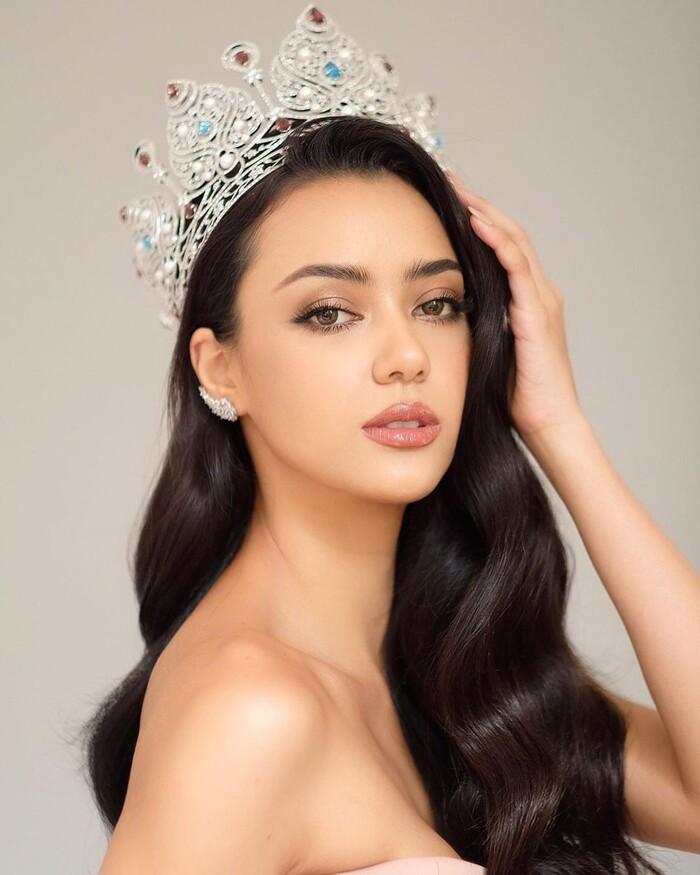 'Vượt mặt' hoa hậu Venezuela, Khánh Vân lọt Top 4 mỹ nhân được quan tâm nhất Miss Universe