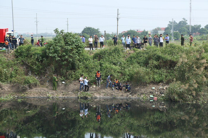 Nữ sinh học viện Ngân hàng xin 'tha cho em' nhưng vẫn bị nghi phạm dìm xuống sông Nhuệ