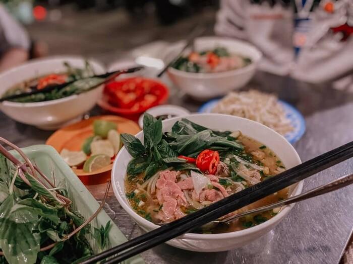 Top 7 quán phở lâu đời ngon nhất Sài Gòn