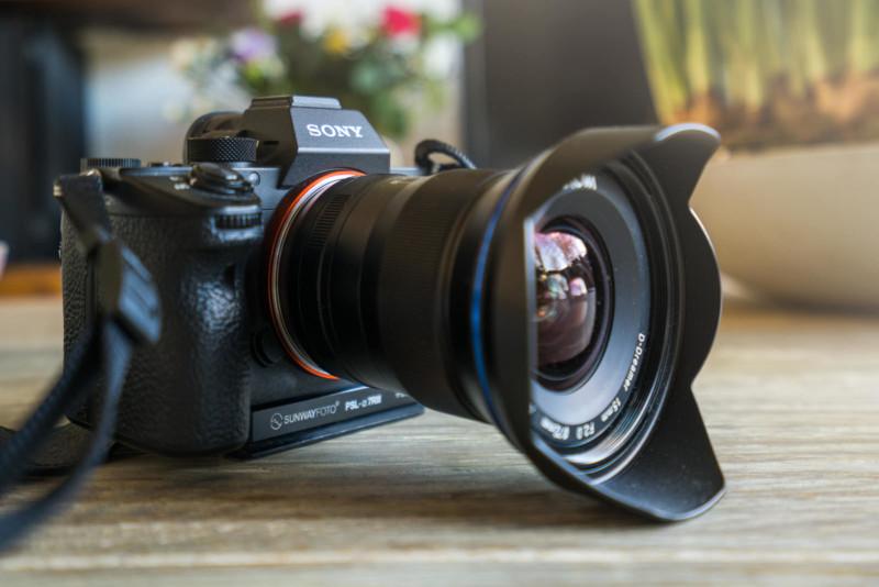 Đánh giá ống kính Laowa 15mm f/2 trên ngàm E-mout của Sony
