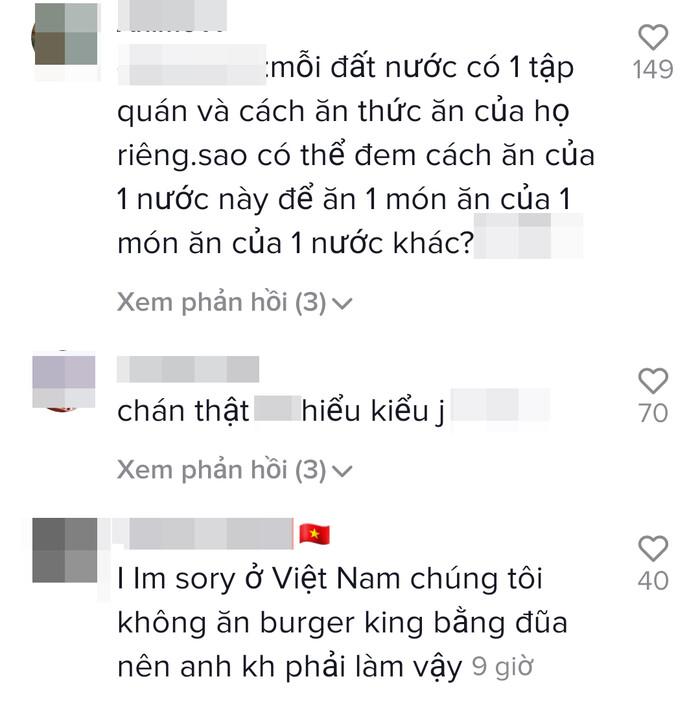 Liên tục có hành động chế giễu văn hóa Việt, chàng trai Tây nhận 'gạch đá' từ dân mạng
