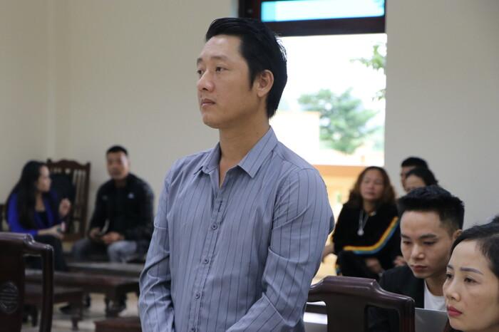 Kẻ bắt cóc bé trai 2 tuổi 'thế vai' con đã chết để níu kéo tình cảm với bạn trai bị phạt 5 năm tù