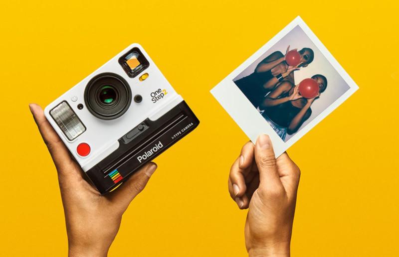 Polaroid Originals được tung ra với máy ảnh One Step 2 và phim i-type