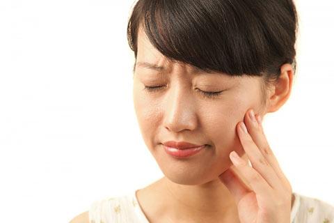 Điều trị đau răng hàm