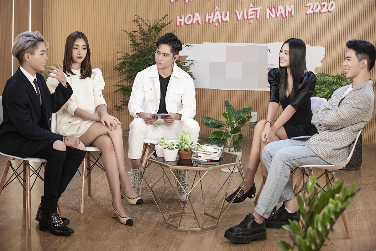 Hoa hậu Đỗ Mỹ Linh, Tiểu Vy kể về mối tình đầu - Ngôi sao