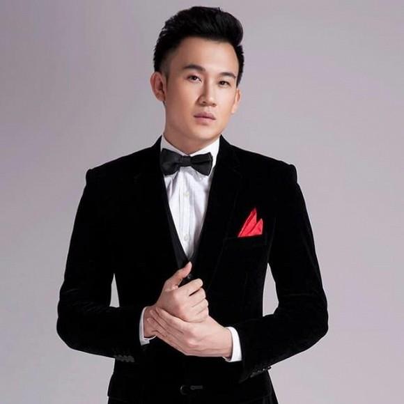 Ca sĩ Dương Triệu Vũ rao bán căn hộ 168m2