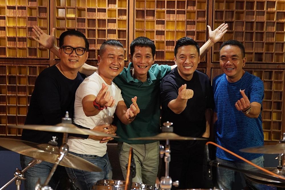 Lam Trường làm liveshow trực tuyến - Ngôi sao