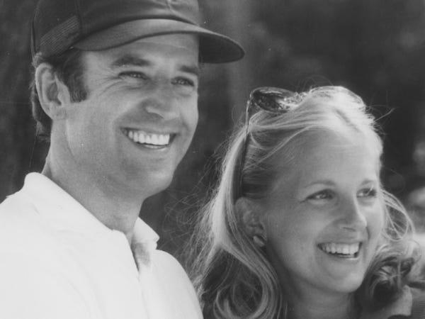 Chân dung đóa hồng 'hồi sinh' ông Joe Biden từ đau thương, sát cánh suốt hơn 40 năm