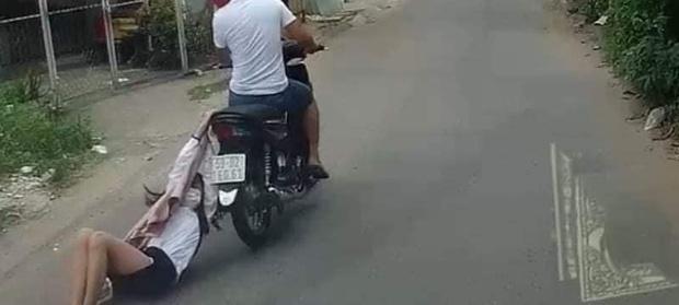 Tên cướp kéo lê cô gái hàng trăm mét trên đường phố Sài Gòn gây phẫn nộ