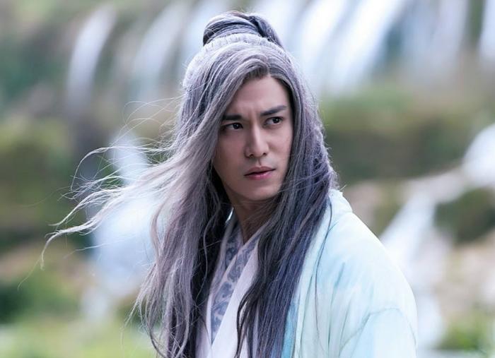 'Thái tử gia' xã hội đen từ bỏ quyền thừa kế đi làm diễn viên phụ, Vương Tư Thông cũng phải kính nể