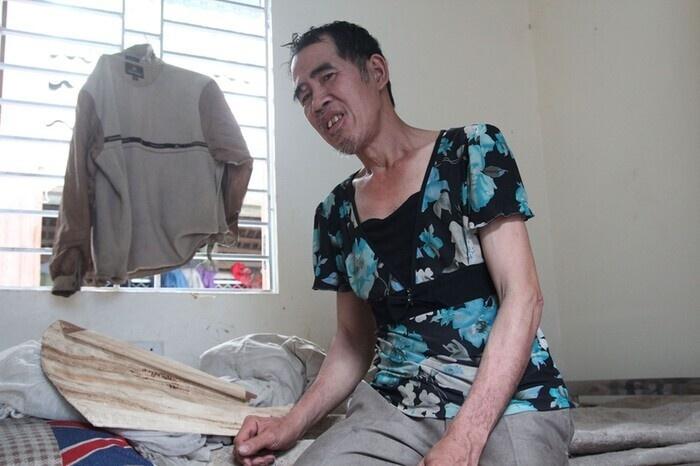 Mẹ già từng có ý định cho 6 con dại ăn một bữa thật no rồi uống thuốc độc cùng chết đã qua đời