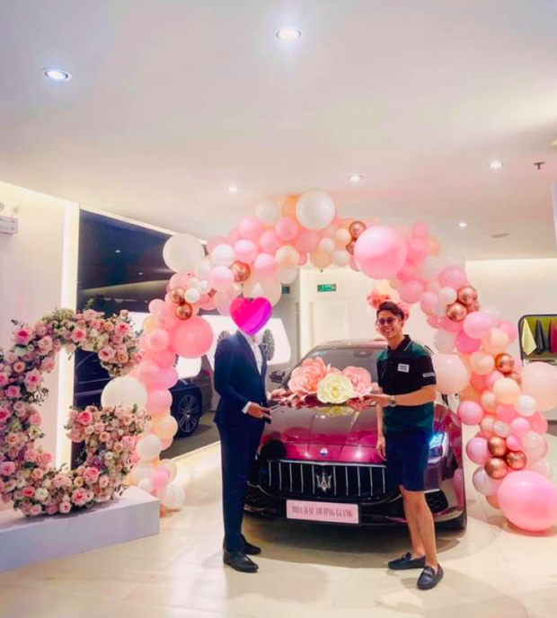 Netizen 'đào' ra tin đồn Matt Liu chưa từng tặng xe cho Hương Giang, xế hộp 8 tỷ là của nàng hậu mua trả góp