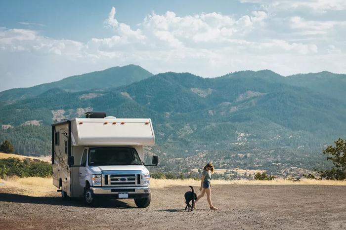 Muốn chuyến du lịch bằng đường bộ một mình hoàn hảo, hãy nhớ một số mẹo 'nhỏ nhưng có võ'
