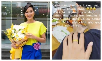Xây nhà bạc tỉ ở quê, căn hộ mới thuê của Hoa hậu H'Hen Niê ở Sài Gòn như thế nào?