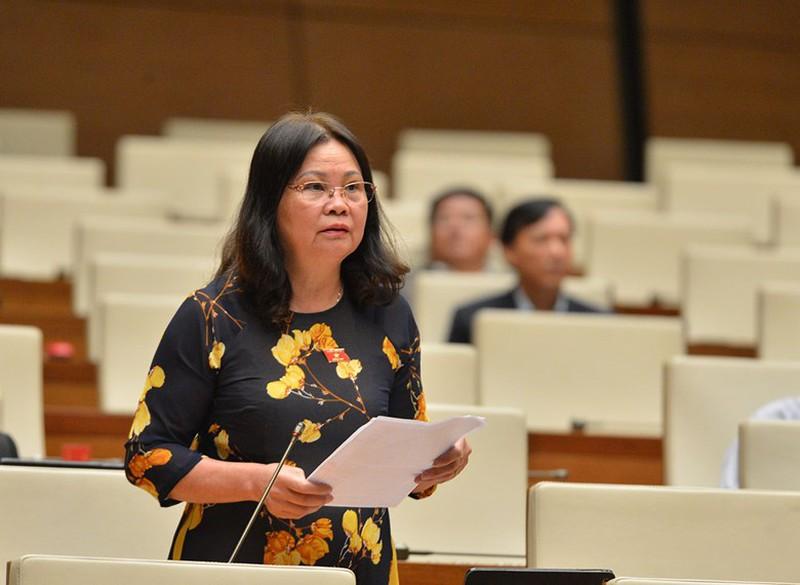 Đại biểu Quốc hội tố nạn 'bảo kê' máy gặt
