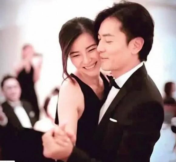 Tài tử Hong Kong Trịnh Y Kiện xây villa nghỉ dưỡng cho vợ