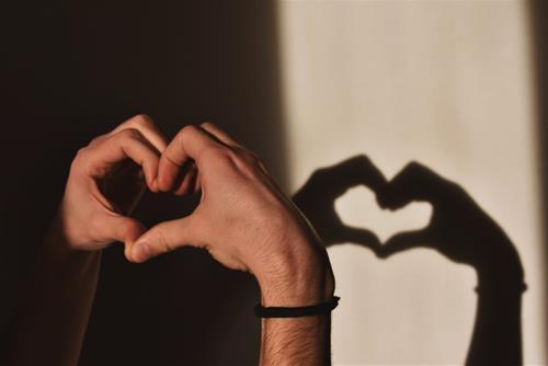 Tử vi hôm nay 17/10/2020 về tình yêu của 12 con giáp: Ai hạnh phúc nhất?