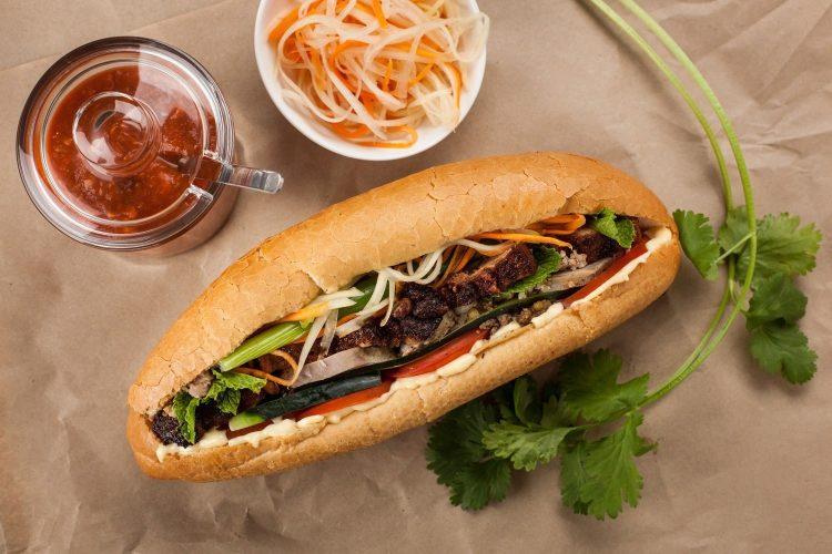 Top 10 Quán Bánh Mì Ngon Ở Nha Trang Phải Nằm Lòng Ngay