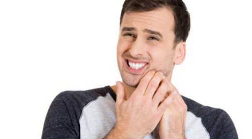 Tìm hiểu nguyên nhân và cách làm giảm ê buốt sau tẩy trắng răng